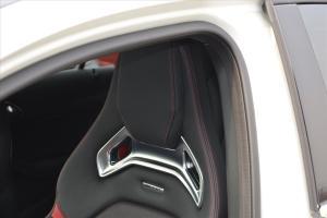 奔驰A级AMG驾驶员头枕图片