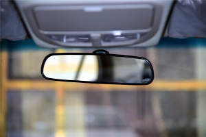 帝豪EV300内后视镜