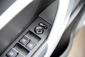 帝豪EV300外后视镜控制键