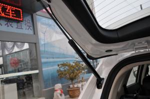 风神AX7 行李厢支撑杆