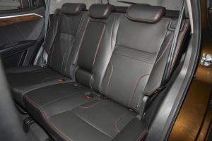 吉利GX7后排座椅图片