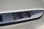 神骐F30                车窗升降键