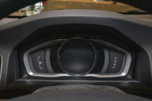 进口沃尔沃V60           V60 内饰-动力蓝金属漆