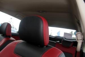 英致G3驾驶员头枕图片