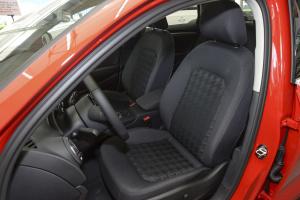 奥迪A3驾驶员座椅图片