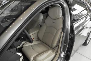 CT6驾驶员座椅