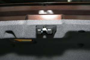 帝豪EV3002016款 精英型 外观云母红 内饰黑色