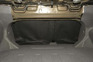 帝豪EV300行李箱空间