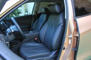 讴歌CDX驾驶员座椅图片
