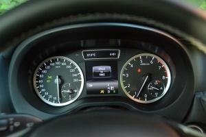 英菲尼迪QX30仪表 图片