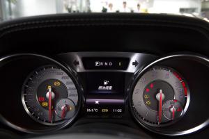奔驰SL级(进口)仪表盘背光显示图片