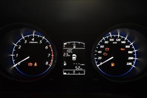 景逸X5仪表盘背光显示图片