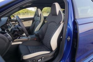奥迪RS6驾驶员座椅图片