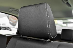 天语SX4两厢              驾驶员头枕