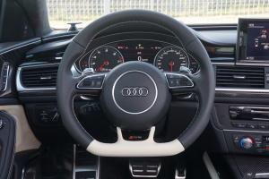 奥迪RS6方向盘图片