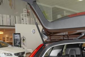 沃尔沃V60 Cross Country 行李厢支撑杆