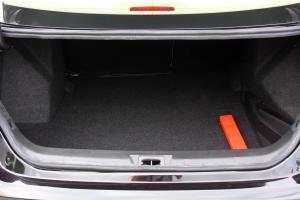 Z3002016款 1.5L 手动 尊贵型  外观慕尼黑 内饰黑色