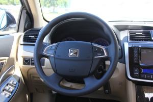众泰Z300方向盘图片