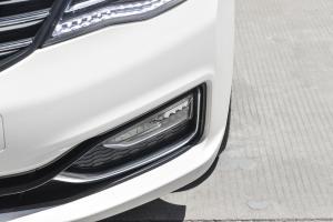 A602016款 1.4T 手动 尊贵型 外观汉玉白 内饰灰色/米色