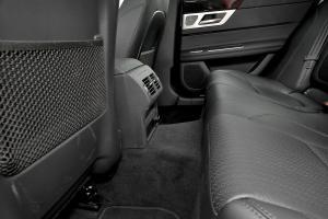 XF2016款 3.0 SC 两驱 R-Sport 运动版 外观剧院红 内饰黑色