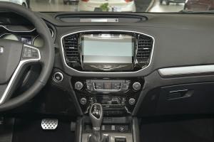远景SUV中控台正面图片