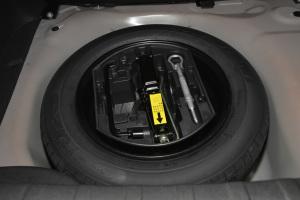雪铁龙C3-XR 备胎