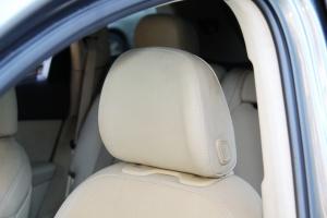 奥迪Q7(进口)驾驶员头枕图片