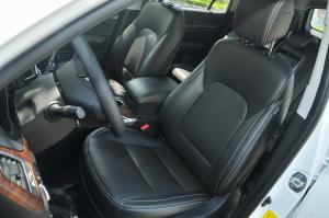 力帆X80驾驶员座椅图片