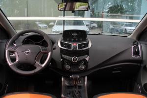 海马S52017款 海马S5 强动力版 1.5T CVT尊贵型图片