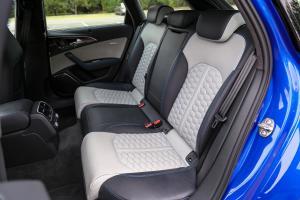 奥迪RS 6后排座椅图片
