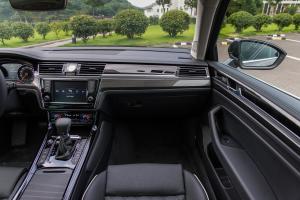 辉昂2018款 辉昂480 V6 四驱行政型