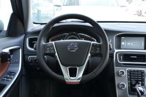 沃尔沃S60L方向盘图片