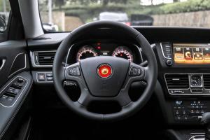红旗H7方向盘图片