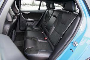 V60后排座椅