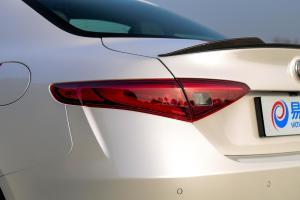 Giulia2017款 阿尔法•罗密欧 Giulia 2.9T 510HP 四叶草版