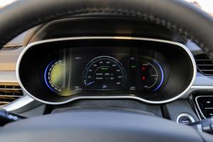 帝豪EV仪表盘图片