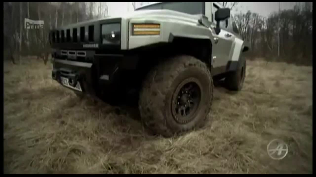 真正越野的极限挑战 泥地试驾悍马H2
