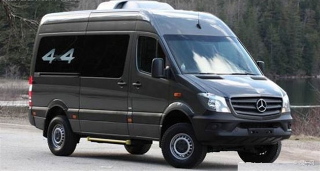 奔驰新款凌特海外推四驱版 搭3.0T发动机