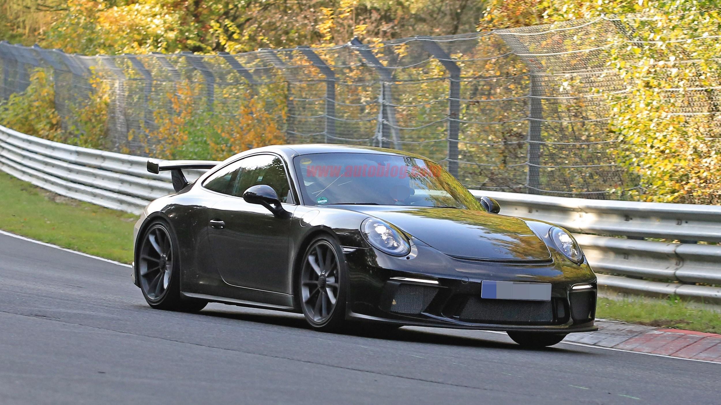 曝新款911 GT3无伪谍照 终于能配手动了