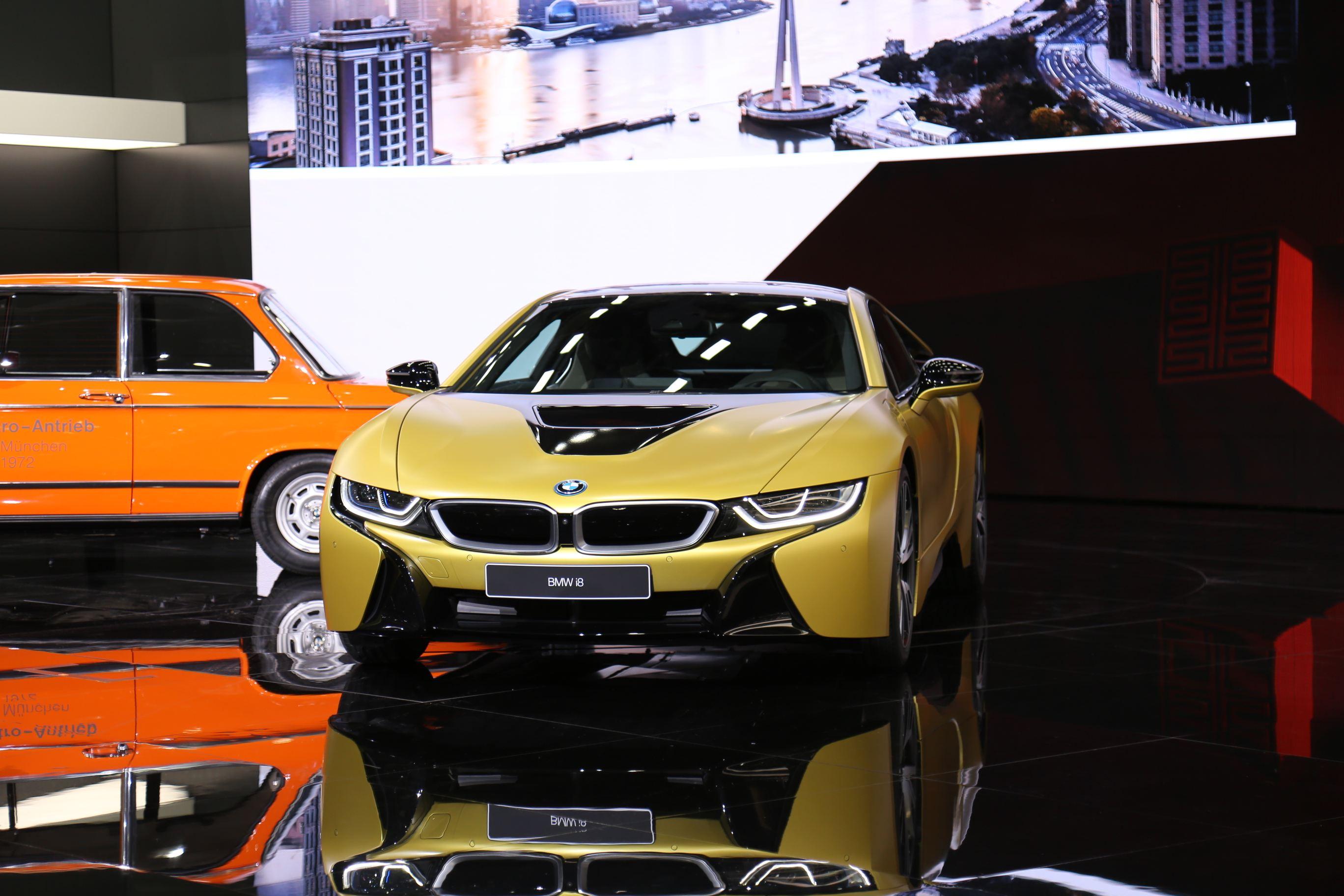 宝马i8质子磨砂黄特别版正式亮相上海国际车展
