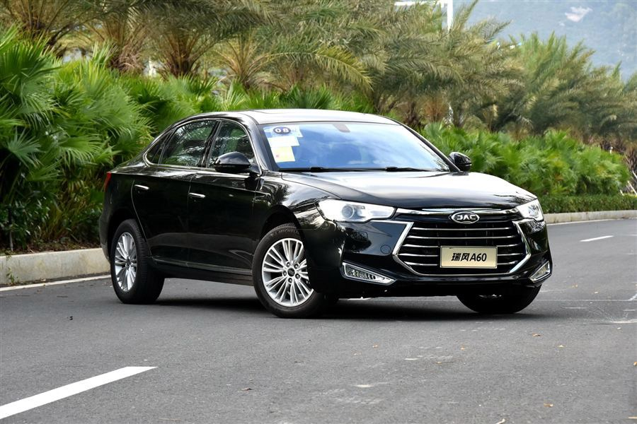 江淮瑞风A60尊贵型正式上市 售价22.95万元