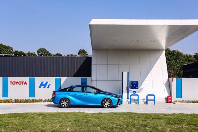 丰田在华开启氢燃料电池车实证实验 建立首个加氢站