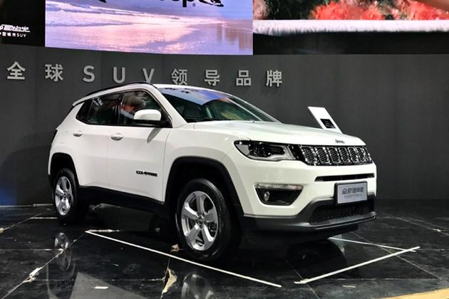 抢先实拍Jeep指南者 年轻人买得起的9AT SUV