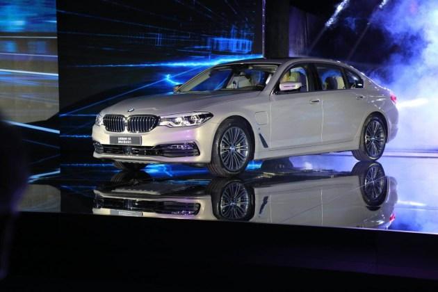 2017广州车展:全新宝马5系插电式混动版全球首发