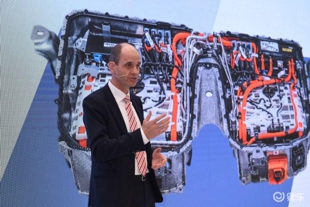 """豪华运动商务轿车""""新时代"""" BMW 5系插电式混动技术解秘"""