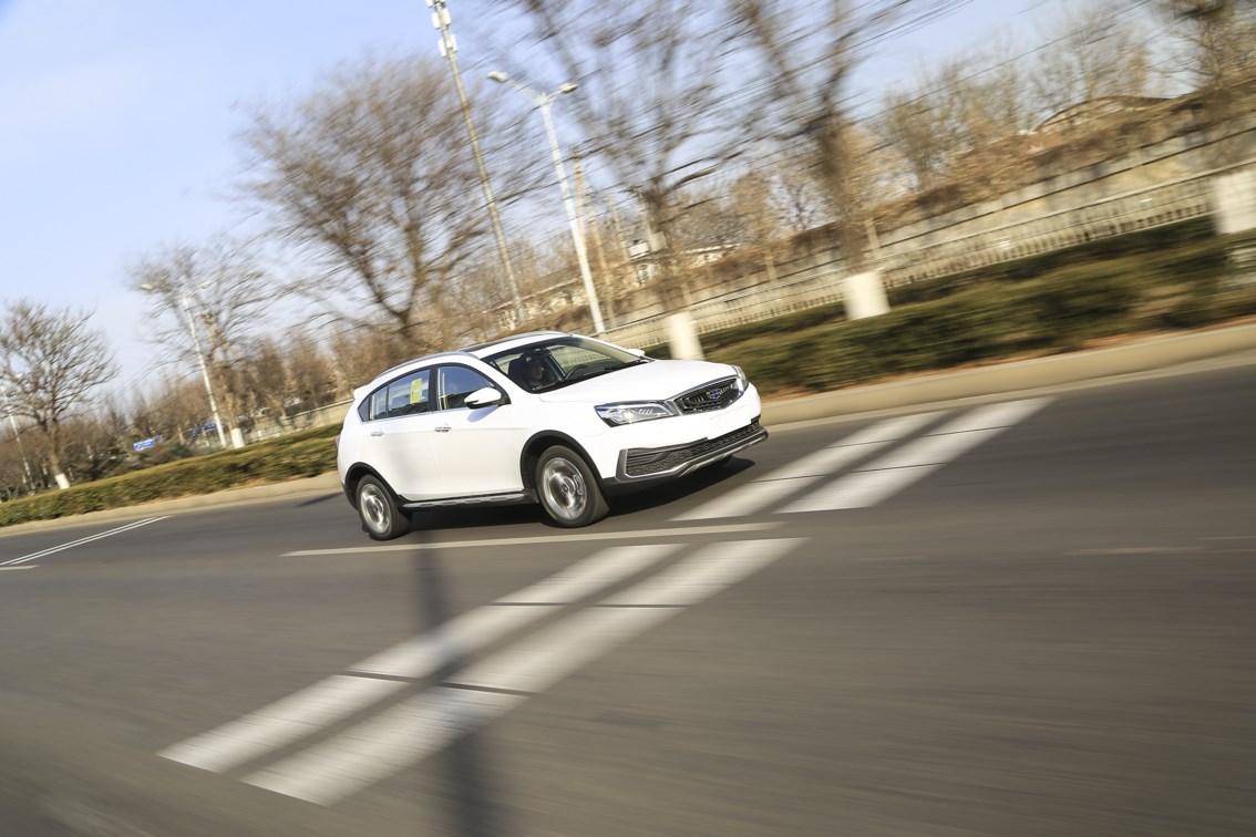 8万元SUV里最会聊天的选手 测试吉利远景S1