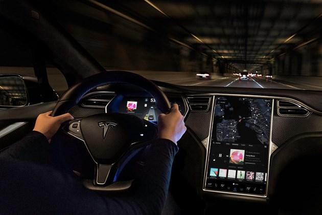 特斯拉全新自动驾驶功能将于2018年内正式推出