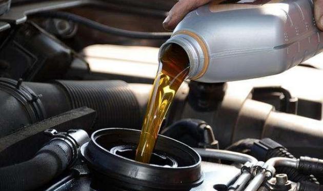 老司机告诉你机油加多了没有你想的那么简单!