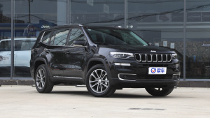 2018款 Jeep指挥官 2.0T 四驱 臻享版