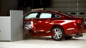 2017款雪佛兰Impala IIHS正面25%碰撞